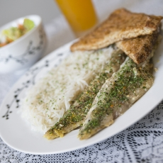 Whitefish with rice, salad + juice